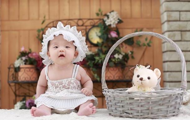 婴儿羊奶粉